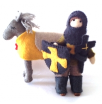 PAPOOSE - felt knight & horse set, yellow